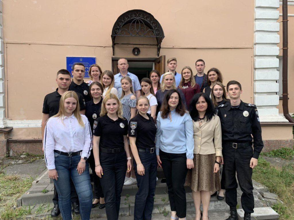 «Інтерактивна правопросвіта школярів за програмою «Street law»» Науково-практична конференція юридичних клінік України