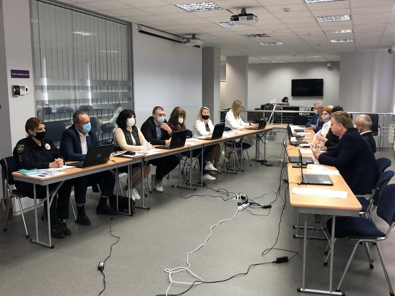 Школа без насильства: юридичні клініки Дніпра долучились до обговорення реагування та профілактики насильства у закладах освіти