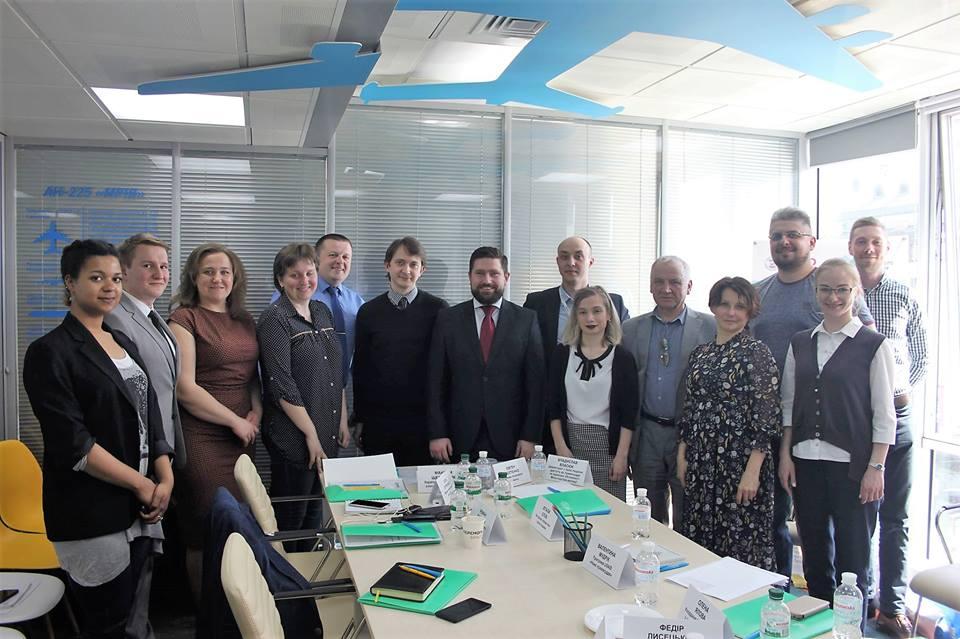 Надавачі правової допомоги в Україні обговорювали спільні дії щодо максимального забезпечення захисту прав людини