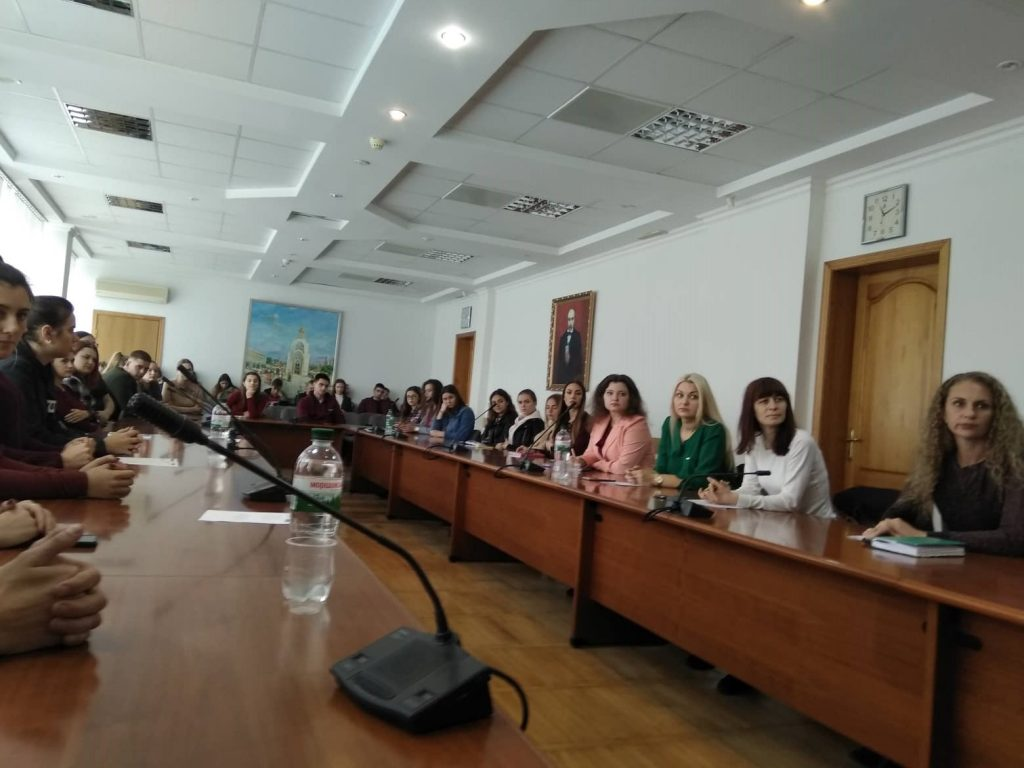 """""""Our consultants and interns are the most valuable thing in the legal clinic and it is the reason why it works ..."""" about the monitoring of LC of B. Khmelnytskyi ChNU"""