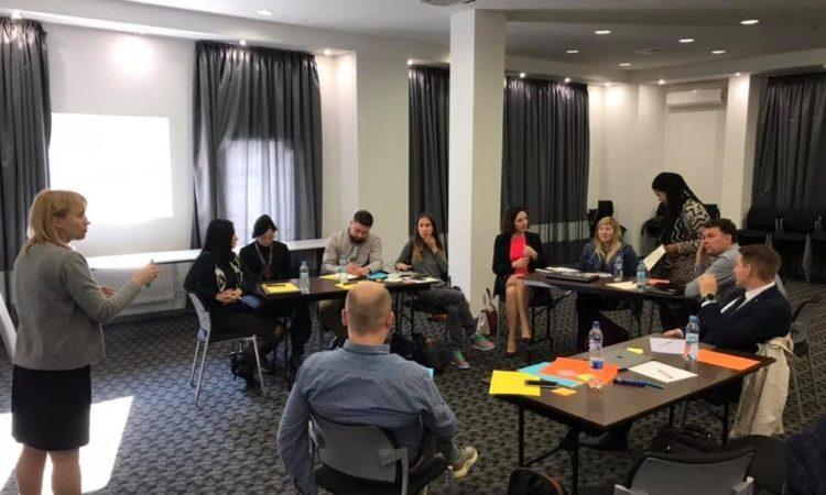 Як перетворити Школу доступу до правосуддя з валізи на інструмент розвитку мережі